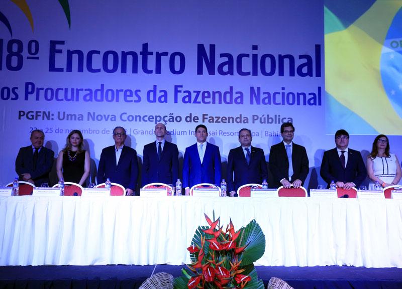 MEMBROS DO FORVM COMPARECEM A ABERTURA DO 18º ENCONTRO DO SINPROFAZ