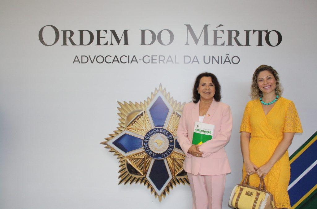 FORVM PARTICIPA DA SOLENIDADE DE ENTREGA DAS COMENDAS DA ORDEM DO MÉRITO DA AGU