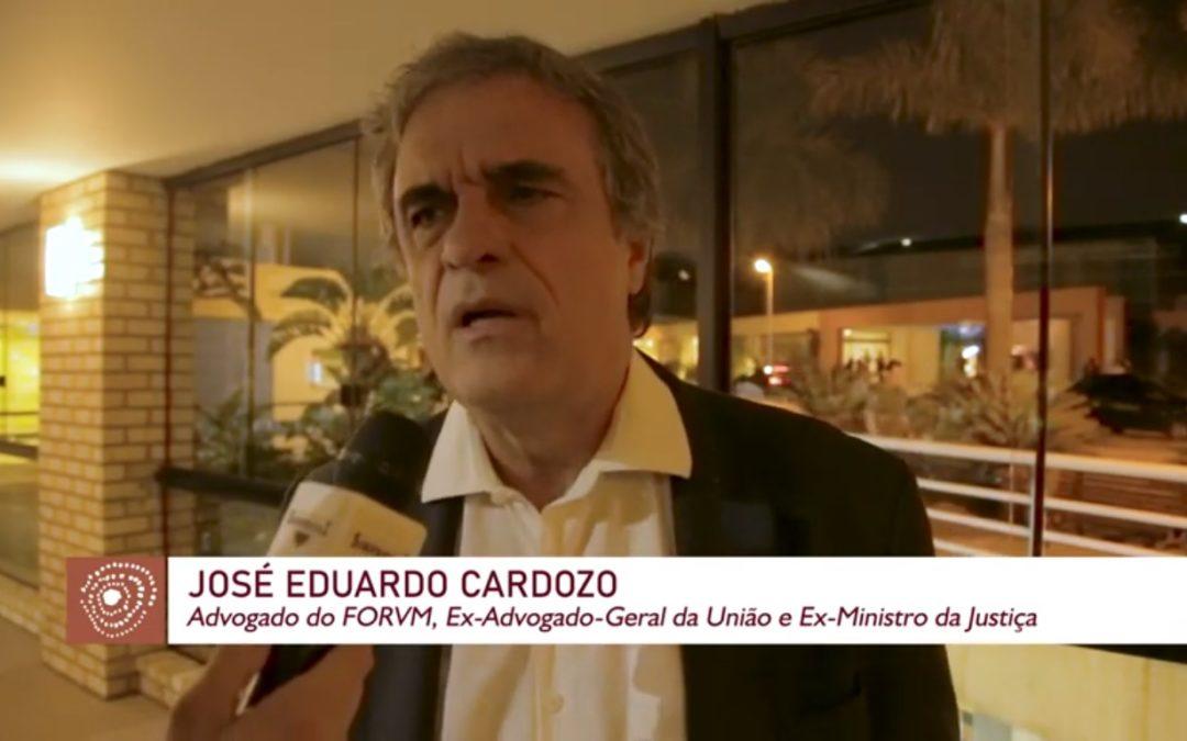 """""""NÓS, ADVOGADOS, SOMOS FIGURA RETÓRICA NO AUTORITARISMO"""", AFIRMA CARDOZO"""